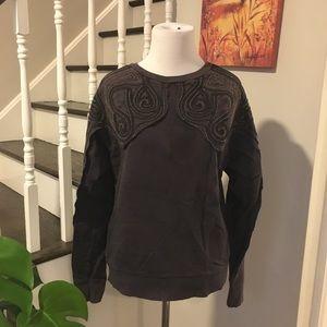 H&M Sweatshirt with Metal embellished Shoulder US4